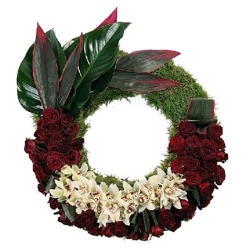 Coroa de Flores em Tons Encarnados e Brancos