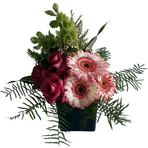 Cubo de Rosas e Gerberas com Verdes da Época